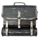 Briefkasten - Ranzen - Alte Ledertasche im Antik-Look in Schwarz-Silber