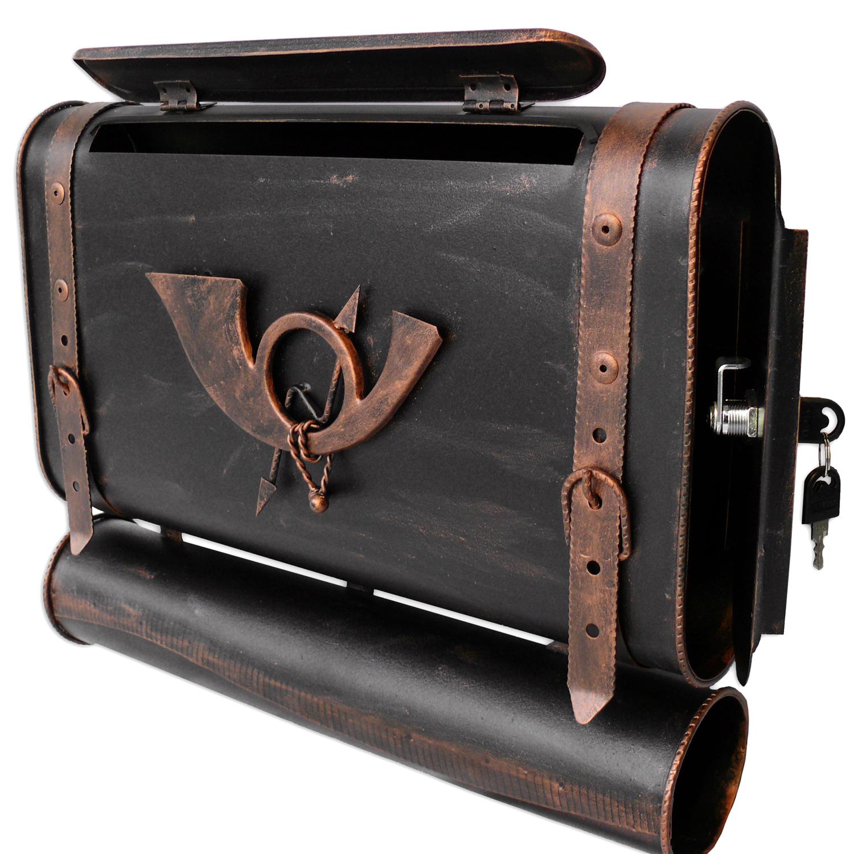 briefkasten versandshop briefkasten alter koffer mit posthorn im antik look schwarz kupfer. Black Bedroom Furniture Sets. Home Design Ideas
